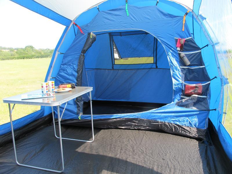 toile de tente kampa burnham 4 places vis vis. Black Bedroom Furniture Sets. Home Design Ideas