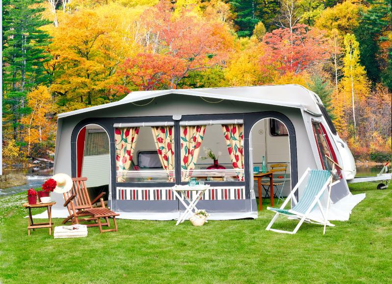 auvent caravane auvent clairval chicago 4 saisons. Black Bedroom Furniture Sets. Home Design Ideas