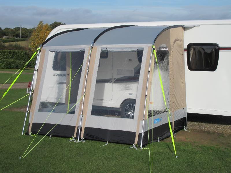 auvent camping car et caravane rally. Black Bedroom Furniture Sets. Home Design Ideas
