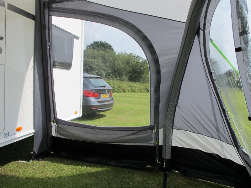 Auvent gonflable kampa fiesta air pro 350 pour caravane for Auvent gonflable kampa pour camping car