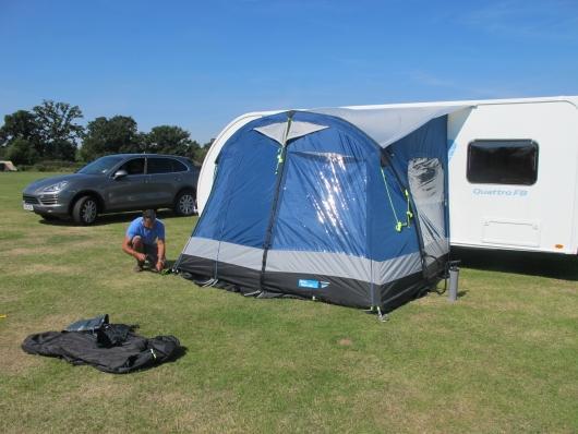 Auvent gonflable kampa fiesta air 350 pour caravane l ger for Auvent gonflable kampa pour camping car